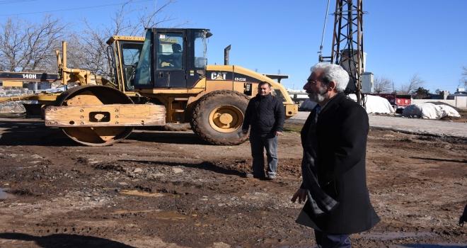 Başkan Şeyhmus Aydın, Kırsal mahallede çalışmaları inceledi