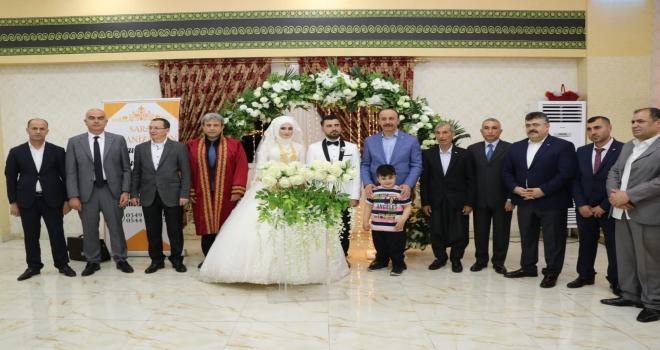 Vali Erin ve Başkan Yavuz Gazi'nin Nikah Şahidi Oldular.