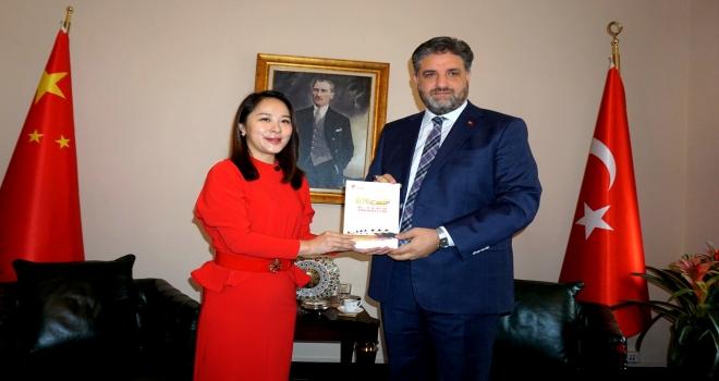Çin'deki Türk şirketlerinden Büyükelçi Önen'e ziyaret