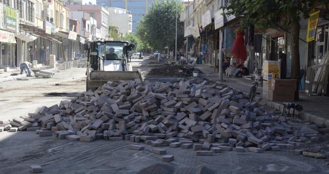 Seyfioğlu caddesi modern görünüme kavuşuyor