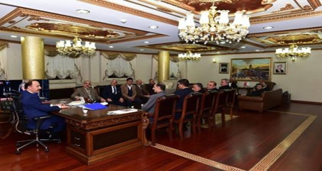Demokrat Parti Şanlıurfa Yeni Yönetimi Şanlıurfa Valisini makamında ziyaret etti.