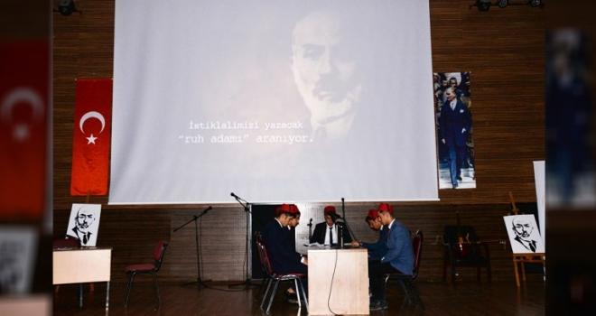 Mehmet Akif Ersoy'u Anma Törenleri Yapıldı