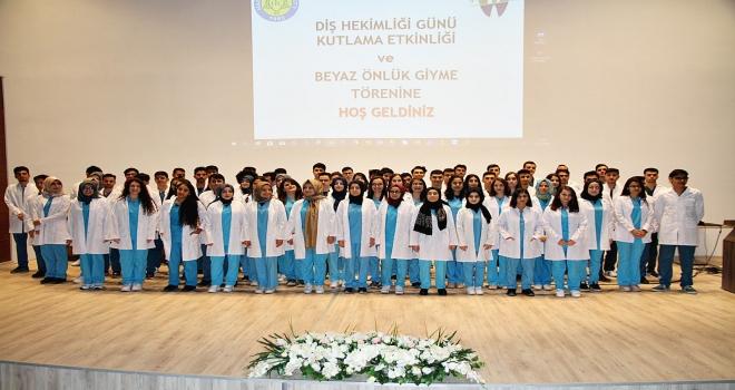 HRÜ Diş Hekimliği Öğrencilerine Beyaz Önlük Giyme Töreni Gerçekleştirildi