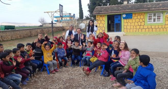 Yapıcıer Ozanlar İlkokulunu Ziyaret Etti