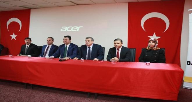 AK Parti Adayı Beyazgül Suruç'a Çıkarma Yaptı