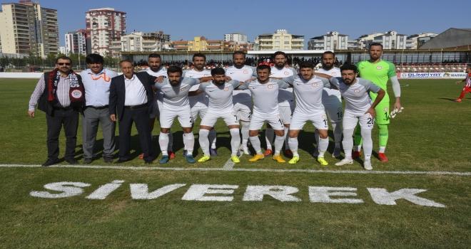 Siverek Belediye spor Elbistan spor'u kendi evinde 2-0 yendi