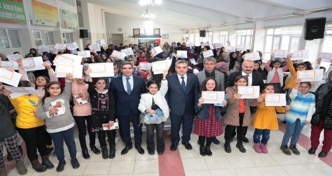 Şanlıurfa'da Okullarda Karne Heyecanı Yaşandı
