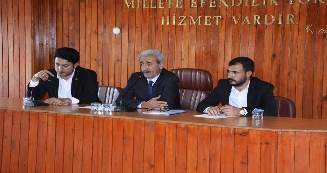Yeni dönemin ilk belediye meclis toplantısı yapıldı