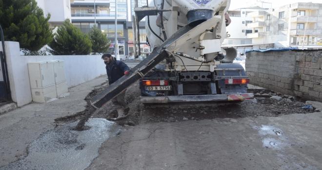 Güney mahallesinde cadde ve sokaklarda beton çalışmaları devam ediyor