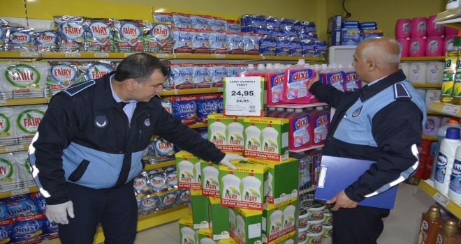 Siverek'te Zabıta ekipleri temizlik ürünlerinde fiyat kontrolü yaptı