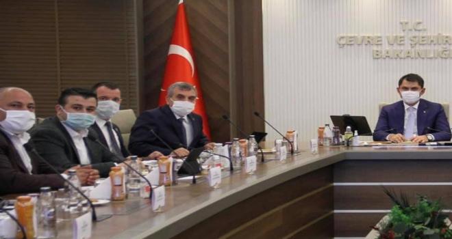 Çevre Şehircilik Bakanlığında Ceylanpınar için Toplantı düzenledi.