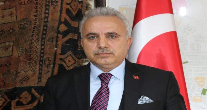 MEVZUBAHİS VATANSA GERİSİ TEFERUATTIR