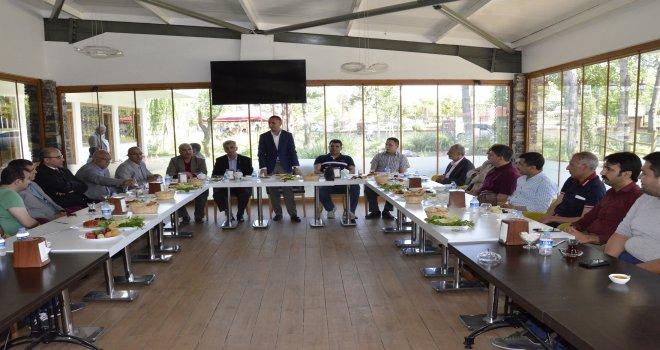 Belediye Başkanı Resul Yılmaz Kurum Amirleri İle Kahvaltıda Bir Araya Geldi