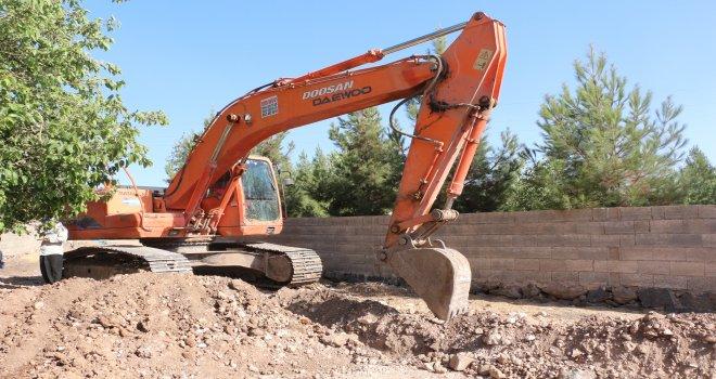 Ceylanpınar'da İçme su şebekesi çalışmaları devam ediyor