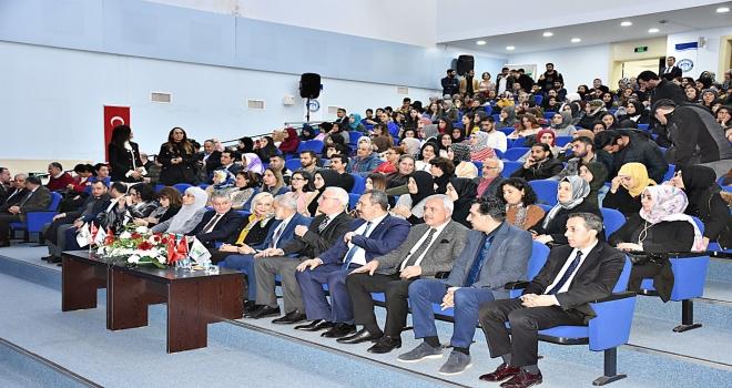 Başarı Hikâyeleri HRÜ Öğrencileriyle Paylaştı