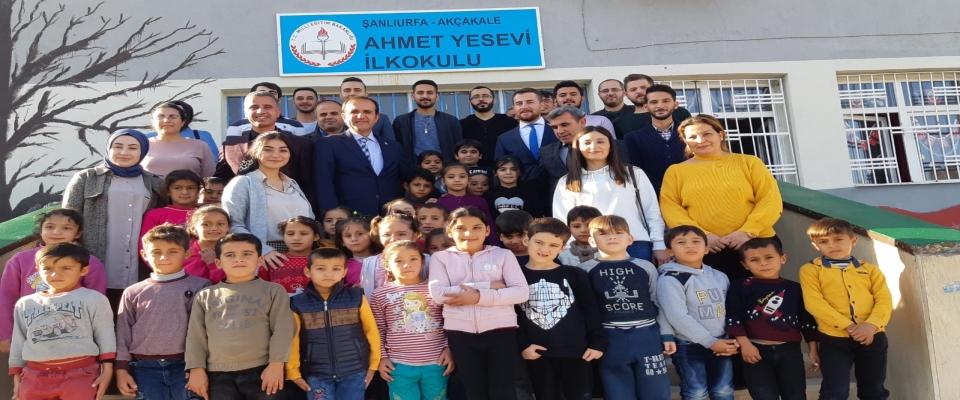 Akçakale'de Telafi Eğitimi Alan Öğrencileri Ziyaret Etti