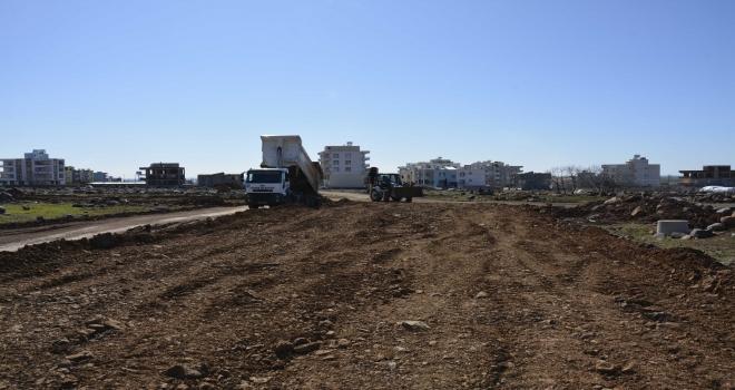 Yeni yerleşim alanlarında yol yapım çalışmaları