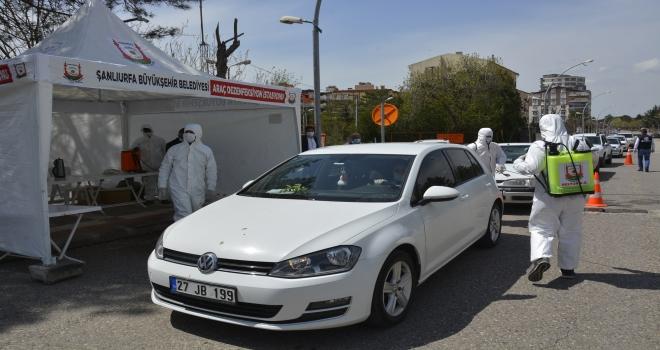Siverek'te araçlar dezenfekte edildi