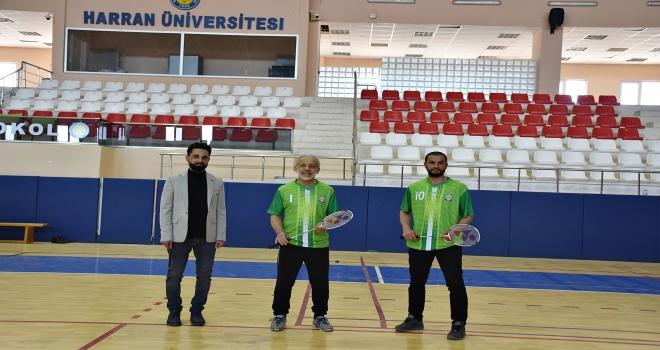 Rektör Çelik, Ödüllü Yönetmen ve Badminton Şampiyonu ile Buluştu